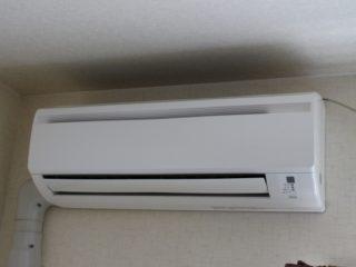 エアコン 取り付け 自分でやる